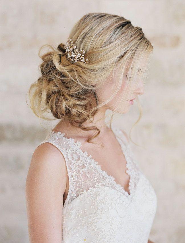 491 best Vintage  Bridal  Hair  Dos images on Pinterest