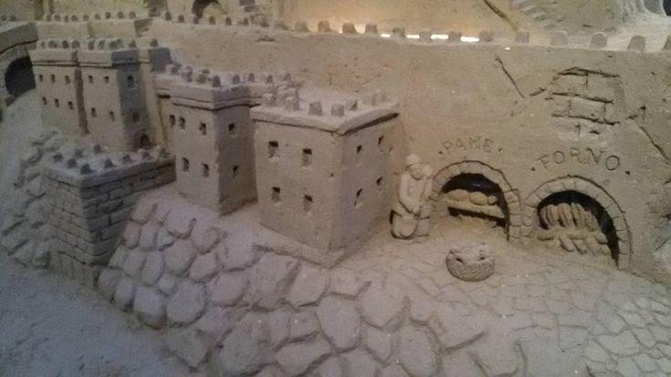 Dal fornaio a #TorrePedrera: il presepe di sabbia 2015