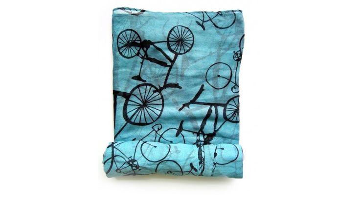 Lányok! Kerékpár mintás kék kendő, tekerés közben is legyen divatos kiegészítőd :) www.bikegift.hu