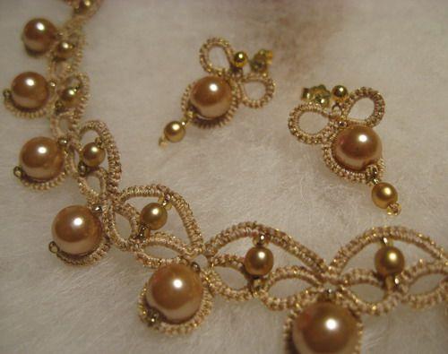 """Marlene"": necklace and earrings + scheme"