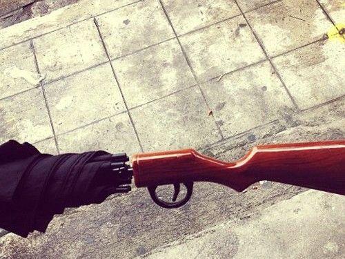Paraguas weapon