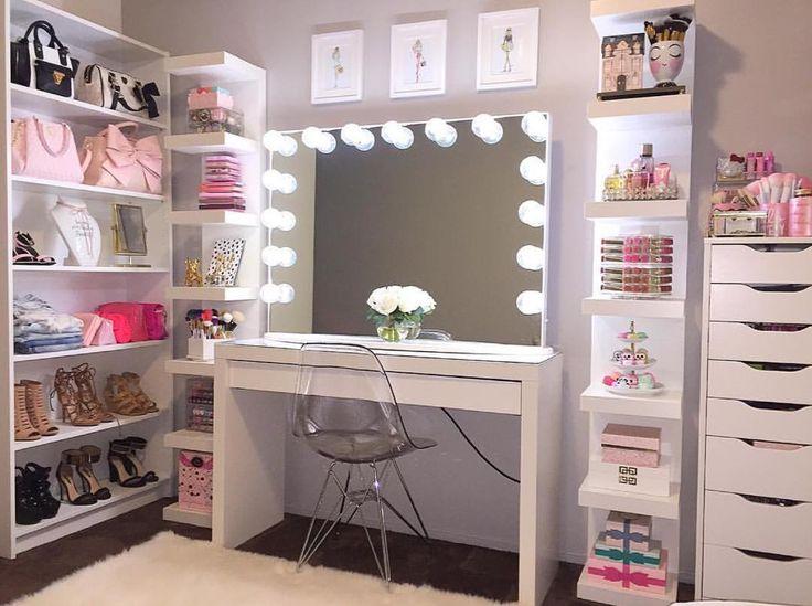 Amazing vanity set up @glambymissb  we love it. #lipsticktower #rovanzasoon #spinninglipsticktower #makeup #vanity