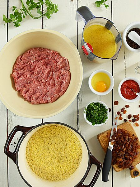 Pulpety z indyka z kaszą jaglaną w sosie pomidorowym  - etap 1