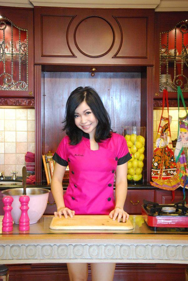 Maria Irene Susanto (Rinrin Marinka), She's an Indonesian Master Chef.
