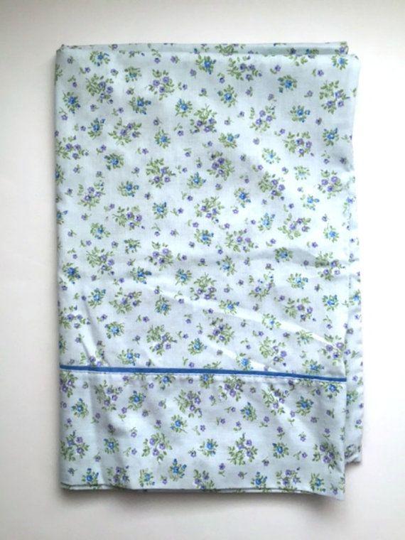 vintage blue floral pillowcases set of 2 flowers standard pillowcases shabby chic bedding linens dan river danville