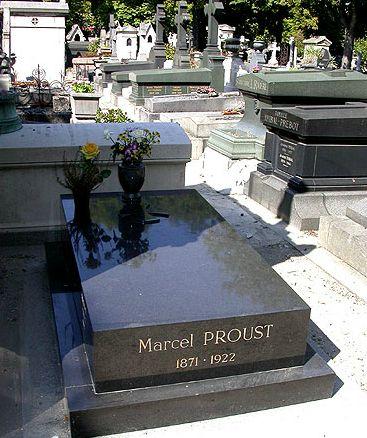 Túmulo do escritor Marcel Proust (foto: Divulgação/Pere Lachaise)