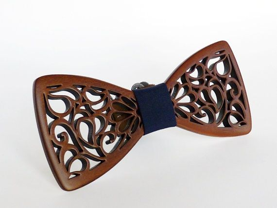 Wooden bow tie Handmade bowtie Bow tie wood Brown bow tie Bow tie for wedding Bow tie on a gift Everyday bow tie Bowtie birthday Gift ideas
