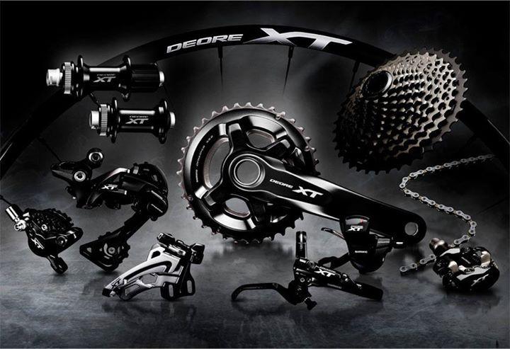 El nuevo grupo para montaña Shimano Deore XT M8000 cuenta con una gran variedad de mejoras en relación a la iteración anterior, añadiendo detalles tecnológicos que se utilizan en el Shimano XTR M9000.