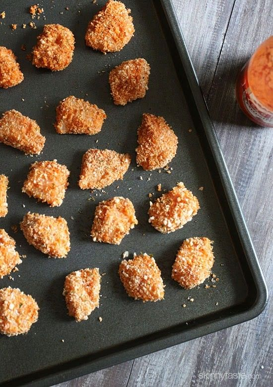 I took my Healthy Baked Chicken Nugget recipe and and added a touch of spice!  We eat a lot of homemade Baked Chicken Nuggets for lunch in my house. Madison loves them, I love them and they're so easy to make. Every now and then I take my standard recipe and change it up. This week I thought why not try it with hot sauce – we loved them! Not overly spicy, but enough to know it's there. You could of course kick it up a notch by using tabsaco sauce and adding some ground cayenne pepper to the…