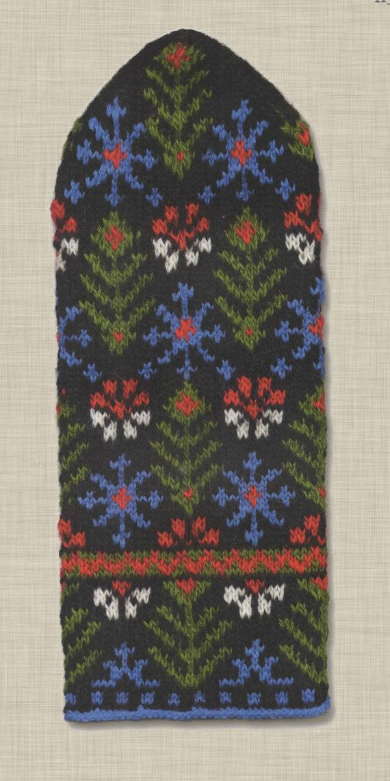 Latvian mitten pattern by ThePatternBenchmark on Etsy