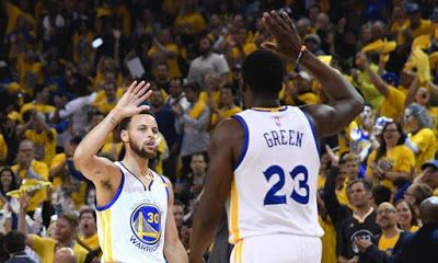 MAX SPORTS: NBA PLAY0OFFS: WARRIORS ROUT SPURS 136-100 IN A ON...
