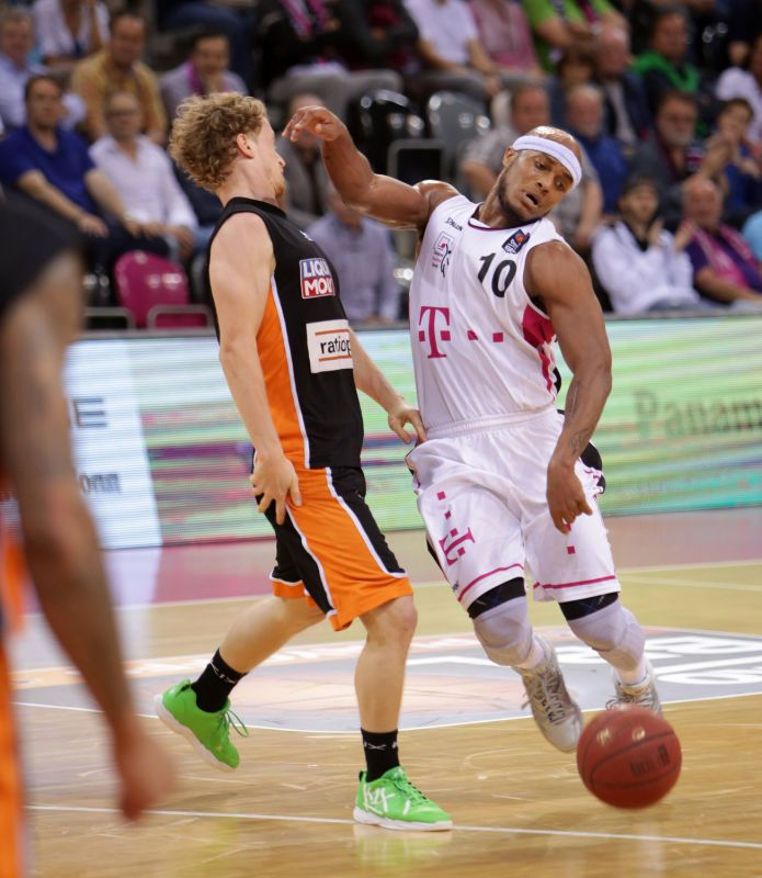 Eugene Lawrence Telekom Baskets Bonn vs Per Günther ratiopharm Ulm Playoffs Viertelfinale Spi