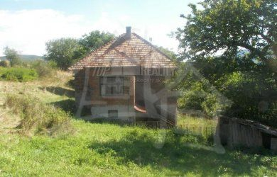 Fotka #1: Dom ideálny na chalupu v peknom prostredí polosamoty  pri Podkriváni