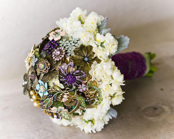 Jewelry Inspired Brooch Wedding Bouquet from Flourish