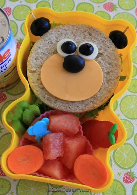 BabyStuf.nl - #Kids #Lunch-This cute little bear looks pretty easy to make.