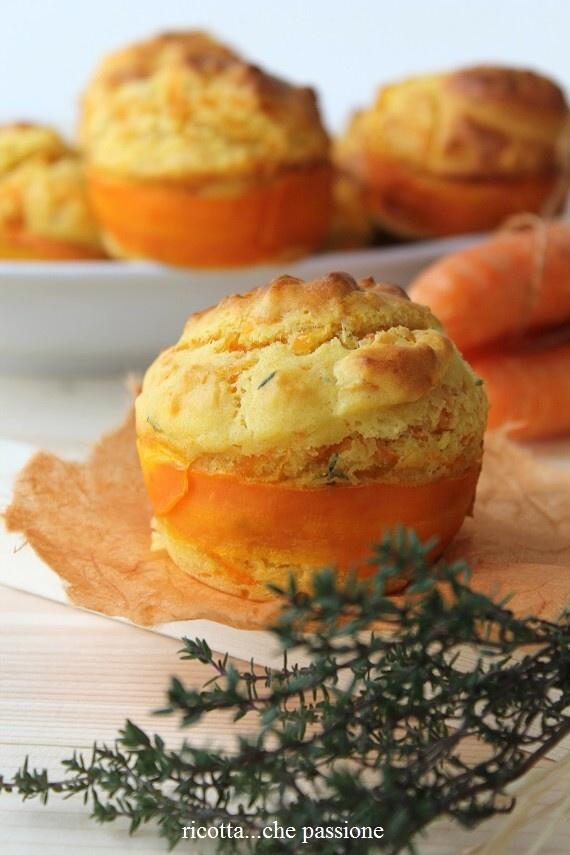ricotta...che passione: Muffin con carote e robiola al profumo di timo e limone