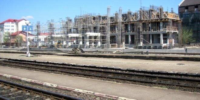 Viitoarea gară a Piteștiului încă în construcție