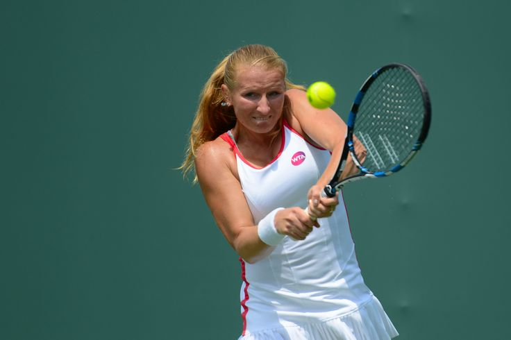 Alla Kudryavtseva lost in 3 sets in the qualifying round for the Miami Open to Pauline Parmentier. #TennisNow