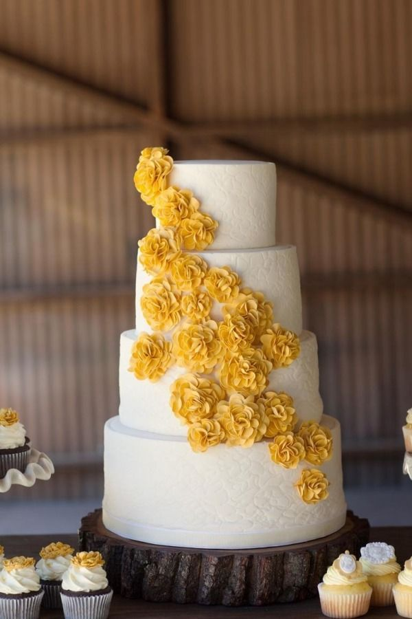 We Heart Photography; Editor's Picks: Brilliant Yellow Wedding Ideas Full of Cheer - yellow wedding cake