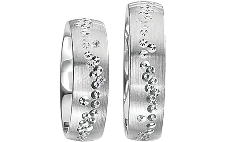 Wij hebben voor u prachtige verlovingsringen geselecteerd in het zilver. Ruime collectie goedkope zilveren ringen! Bestel nu eenvoudig online. - € 189,95