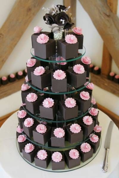 paper wedding cake- check this out -we could put the cheese cake bites inside