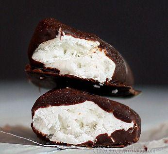 Kókuszos csokigolyók, karácsonyi fincsiség egyszerűen a konyhából :)