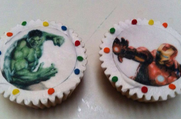 The Avengers cupcakes and cake!