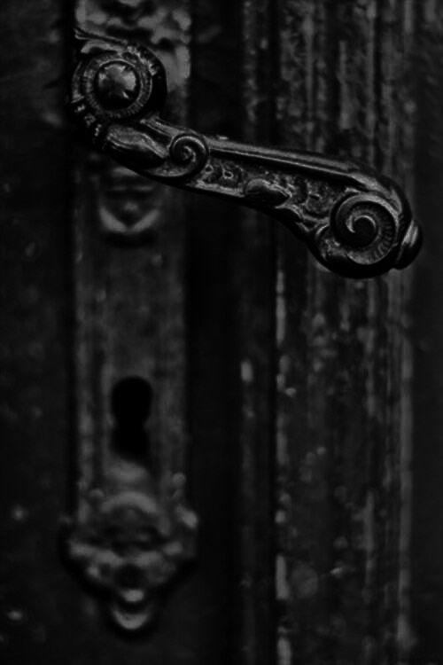 Black | 黒 | Kuro | Nero | Noir | Preto | Ebony | Sable | Onyx | Charcoal | Obsidian | Jet | Raven | Color | Texture | Pattern | Styling | Door handle
