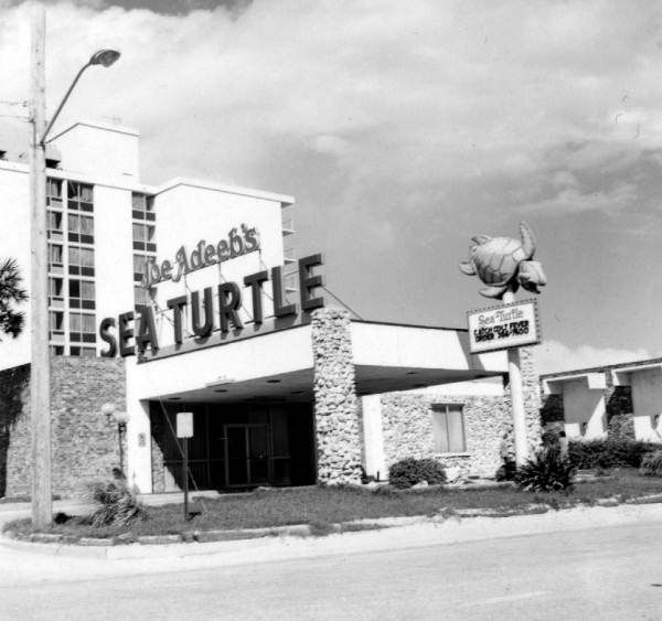 Joe Adeebu0027s Sea Turtle Hotel   Jacksonville Beach, Florida 1974