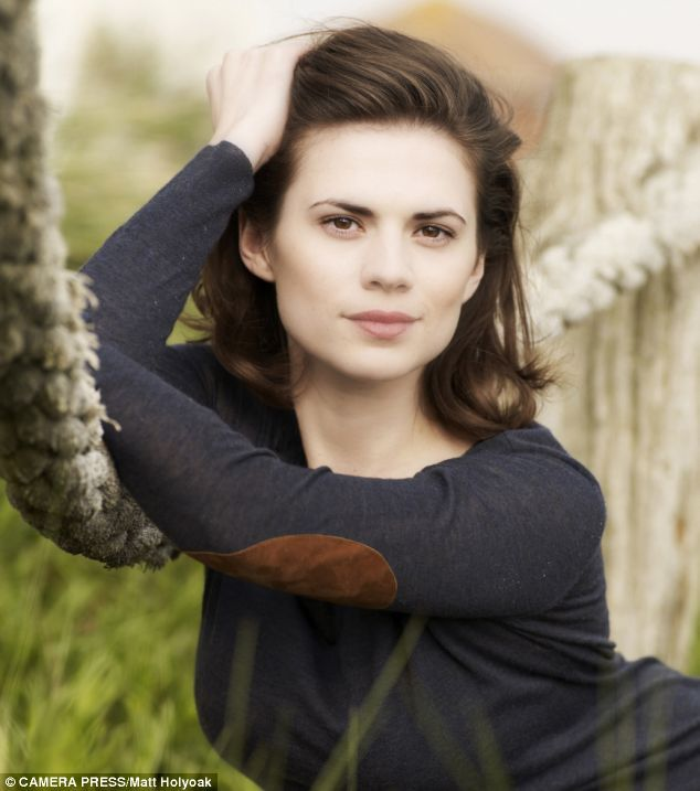 Hayley Atwell. Girl's got great bone structure.