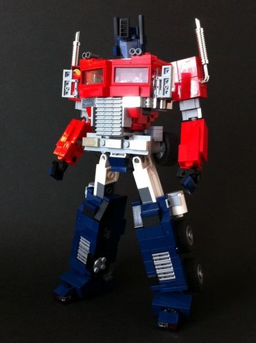 G1 Transformer Optimus Prime (mini figure scale / transformable): A LEGO® creation by alex wong : MOCpages.com