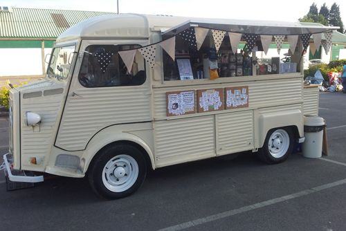 Vintage coffee truck at  Leicester Market. Love the kitsch bunting.