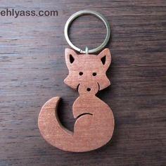 Porte-clés en bois de sapelli renard en chantournage
