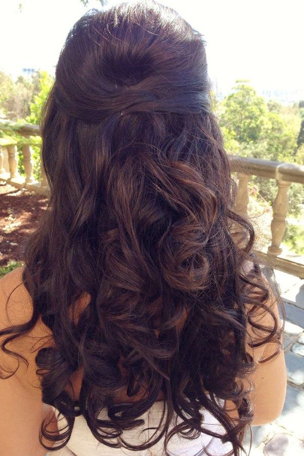How gorgeous is this Beauty and the Beast inspired wedding hair?