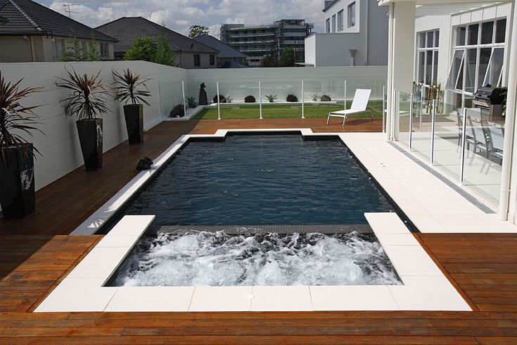 Traditional Geometric Style Pool - Traditional-8 by Sydney Pool Builder - Sunrise Pools