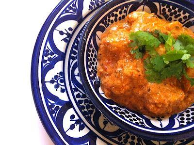 CHILI & VANILIA: Kókusztejes-paradicsomos csirke (curry)