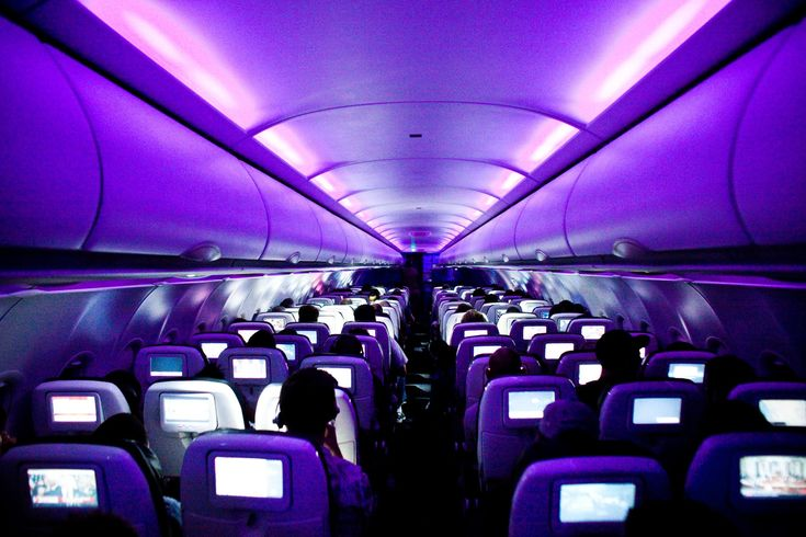 30 Pilots And Flight Attendants Confess The Best Kept Secrets You Dont Know About Flying