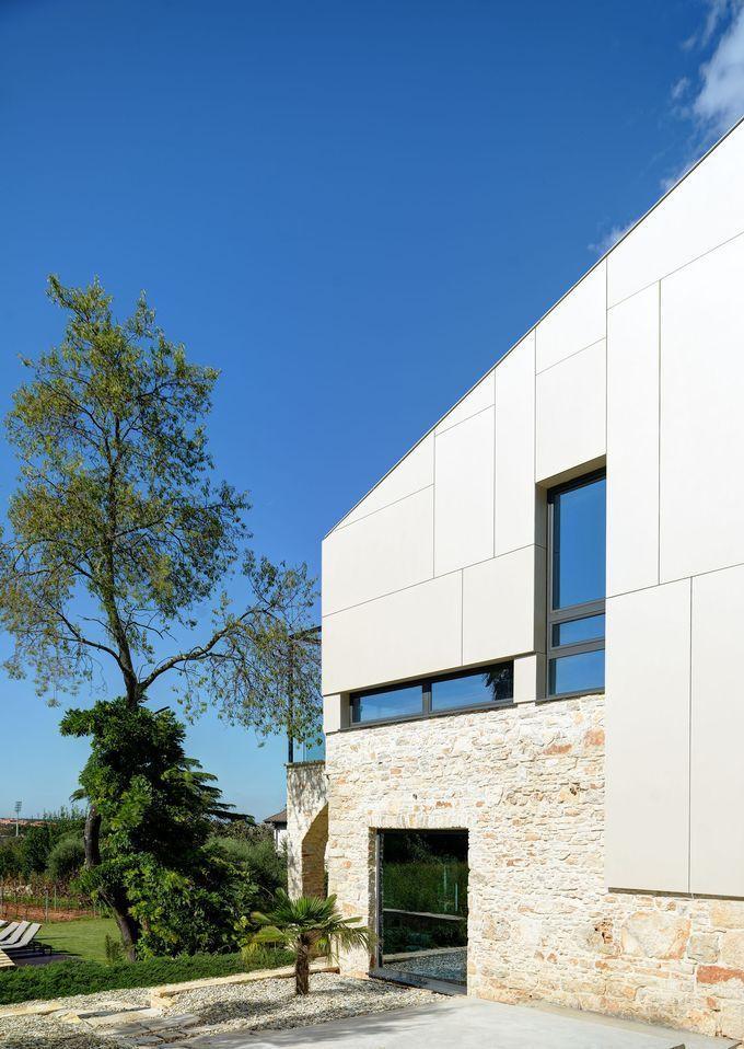 Gallery of Mediterranean Villa / Architectural office TOBIS-inzenjering - 5