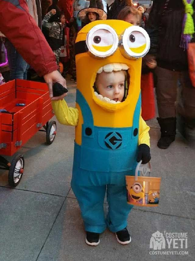 This Kevin the Minion costume will surely grab the attention of anyone who was a fan of the little creatures. It has a mascot style to it that makes it super realistic in shape and design. This little guy truly does look like he's a part of Minionkind in this costume! A message from Sarah, …
