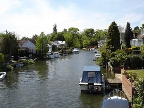Sunbury-on-Thames