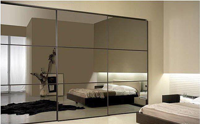 Sliding mirrored wardrobe doors