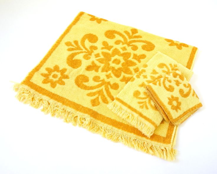 Cannon Cotton Bath Towel Set 60s / Set of Washcloth, Hand Towel and Bath Towel / Harvest Gold 1960s Bathroom Decor by AttysVintage on Etsy