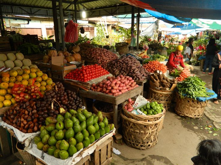 Vegetable Market - most of North Sumatra's produce is grown in this area due to the rich volcanic soils and amenable cooler temperatures
