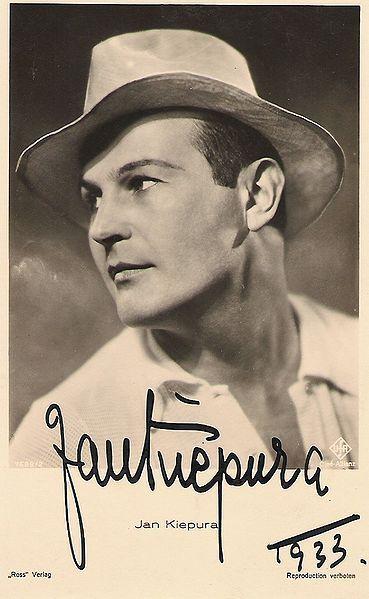 Jan Wiktor Kiepura (ur. 16 maja 1902 w Sosnowcu, zm. 15 sierpnia 1966 w Harrison koło Nowego Jorku) – polski śpiewak (tenor) i aktor. Mąż Márthy Eggerth. Brat młodszego o dwa lata Władysława – również tenora, występującego później jako Ladis Kiepura.