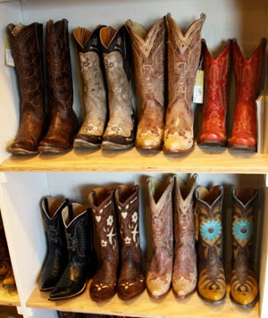 cowboy boots: Cowgirl Boots, Turquoise Cowboys Boots, Cowboys Bootie, Bewitch Boots, Dallas Cowboys, Turquoise Cowboy Boots, Boots Win, Country Boots, Gypsy