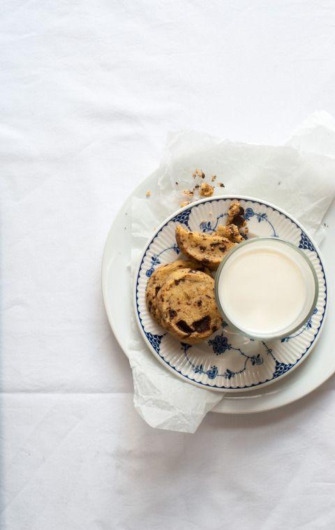chocolate cookies + muscovado & sea salt ///