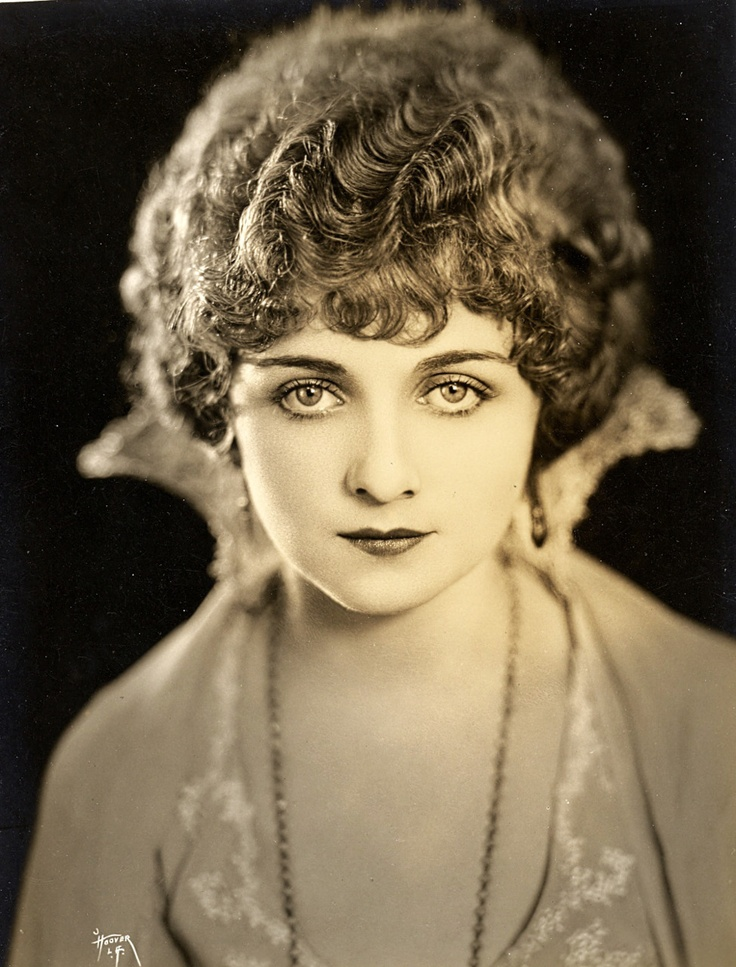 Alice Terry, Circa 1920s  Great for Makeup Ideas