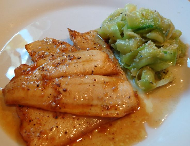 Good Food Tutor: Grilled Flounder in Lemon Soy Vinaigrette served with Zucchini Ribbons- Eat healthy without sacrificing flavor with this delicious Flounder and Zucchnini!