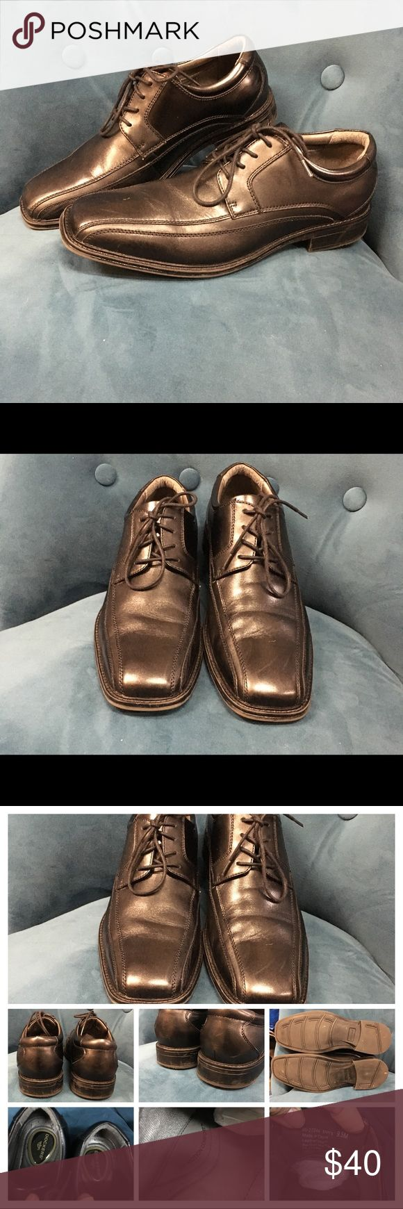 9.5M, Black Dockers Newton dress shoes,EUC These black Docker bicycle toe styled dress shoes have been gently cared for. Worn 90% of the time on carpet in office. No hard wear in these. Recently shined at Shoe Shop. Gel heel, leather uppers/footbed. Rubber soles for slip resistance (and quieter). No heavy creasing, always used wooden shoe trees. Smoke, pet and odor free. Purchased at Nordstrom. Stock pic of Dockers Newton dress shoe Dockers Shoes Oxfords & Derbys