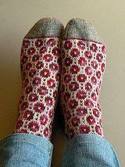 Ravelry: puralana's Kitsisilmakiri socks